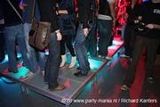 Vibračná podlaha na párty pre nepočujúcich