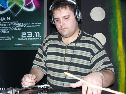 DJ Seth